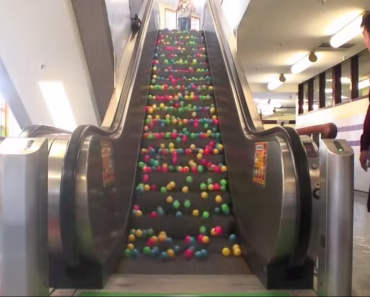 ballsonescalator