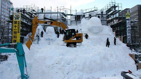 star-wars-snow-sculpture3