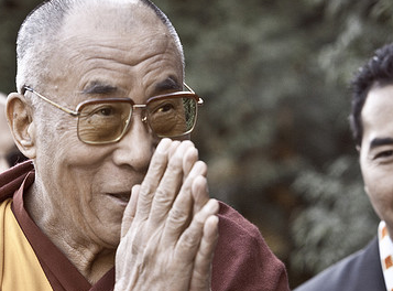 20 Rules from the Dalai Lama on Living a Good Life [Image]