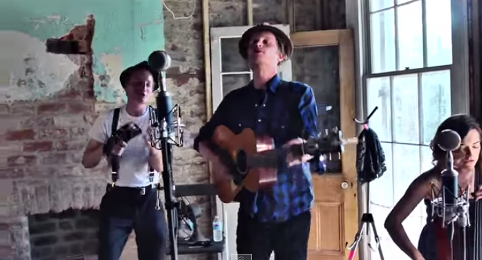 "Lumineers Performing ""Stubborn Love"" on a Rooftop"