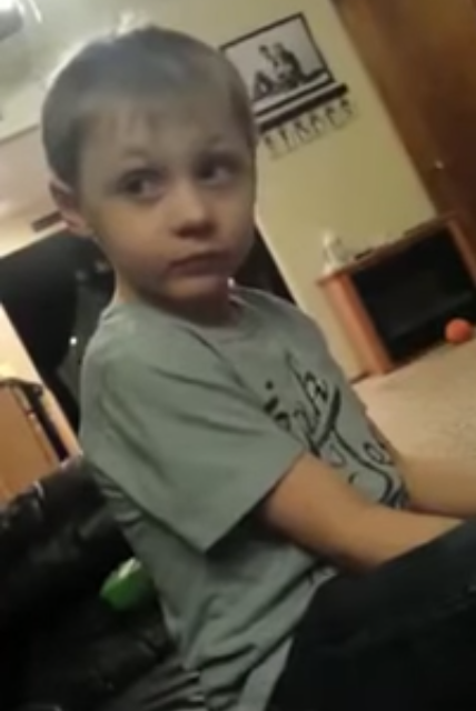 Five year old has three girlfriends