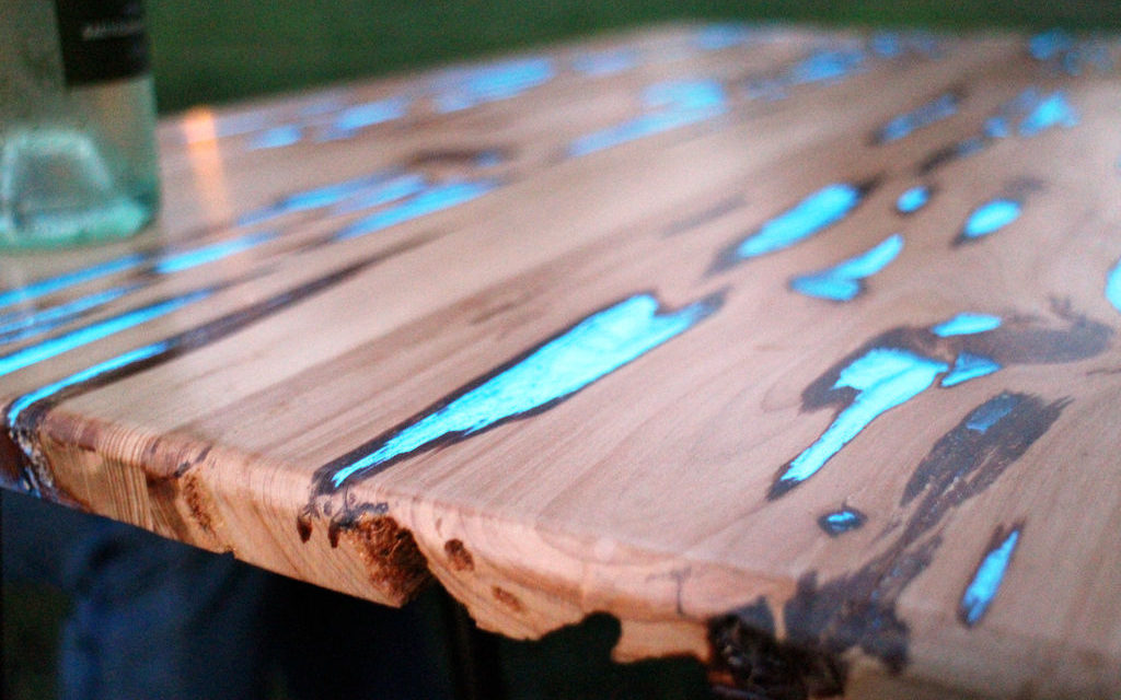 Picnic Table Glows in the Dark as Sun Sets
