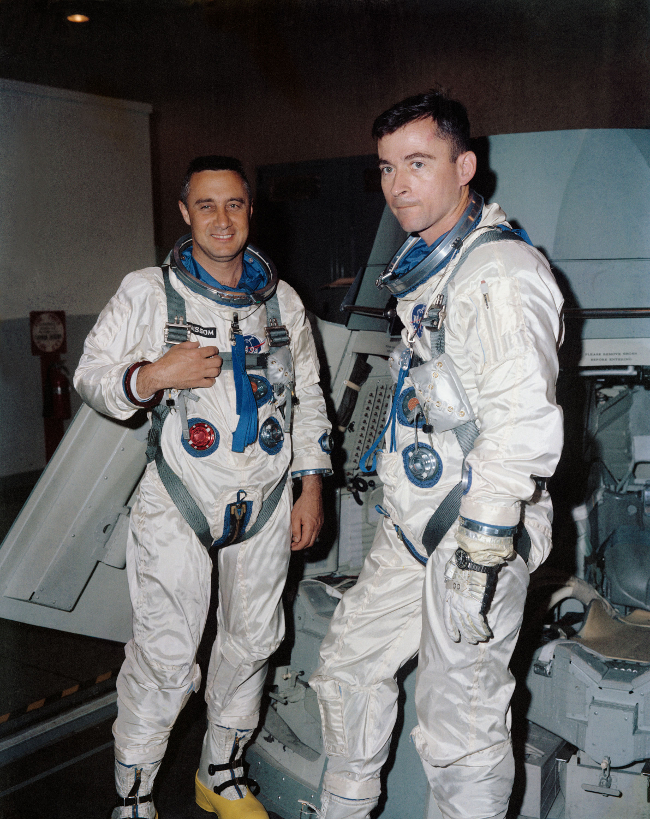 history-of-spacesuits-11