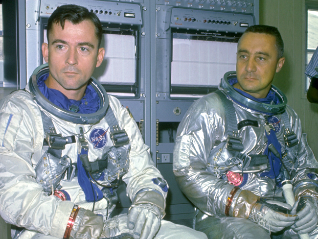 history-of-spacesuits-12