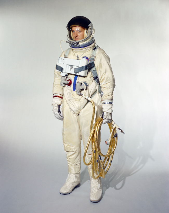 history-of-spacesuits-14