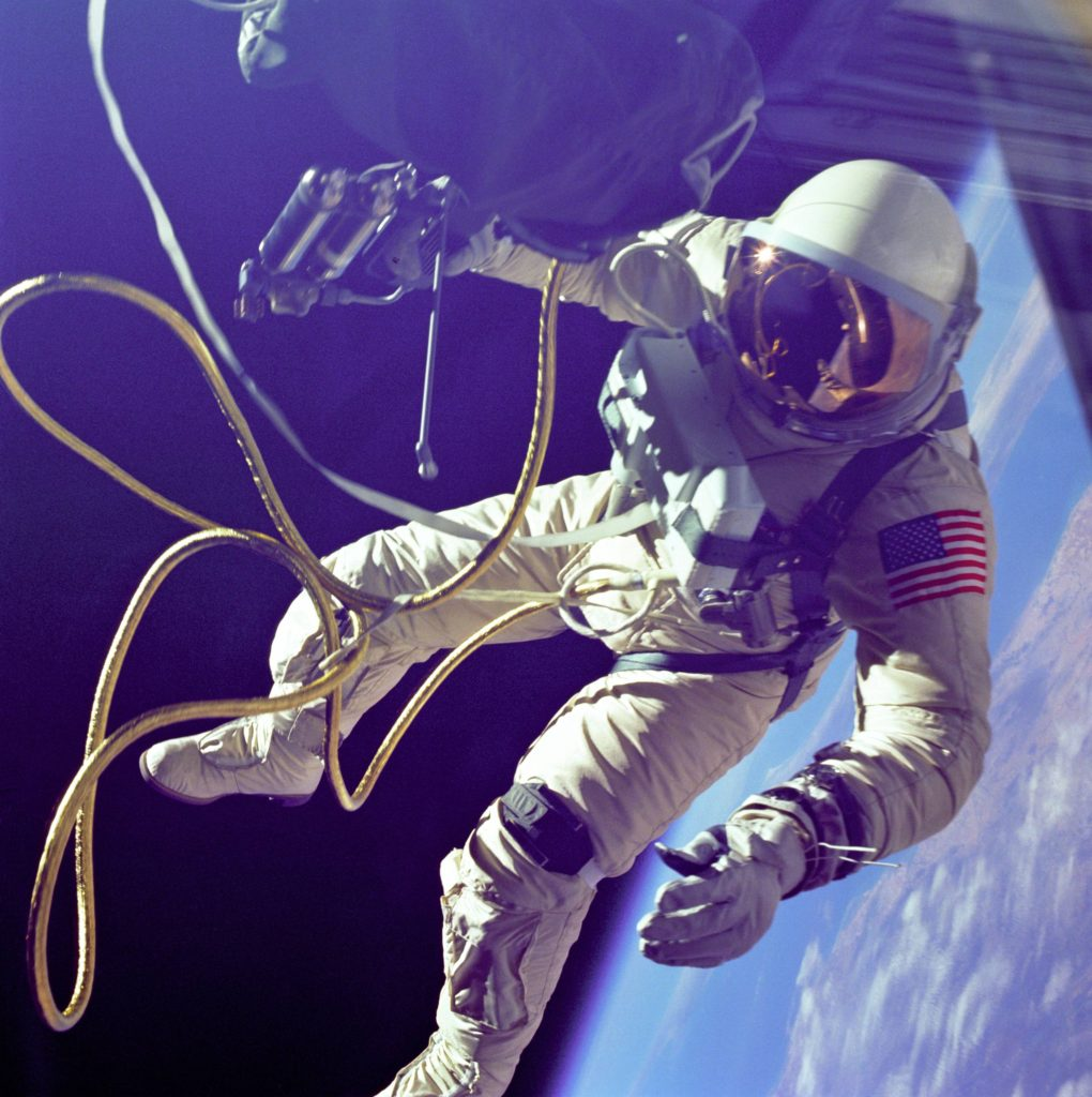 history-of-spacesuits-15