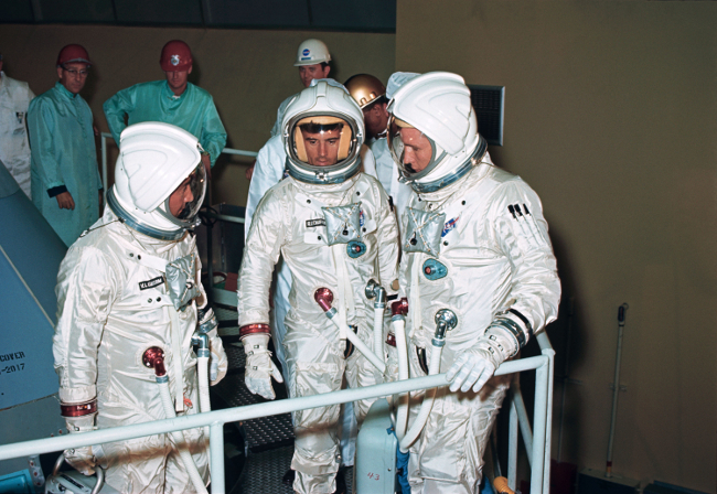 history-of-spacesuits-21