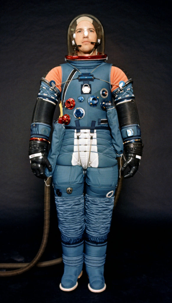 history-of-spacesuits-25