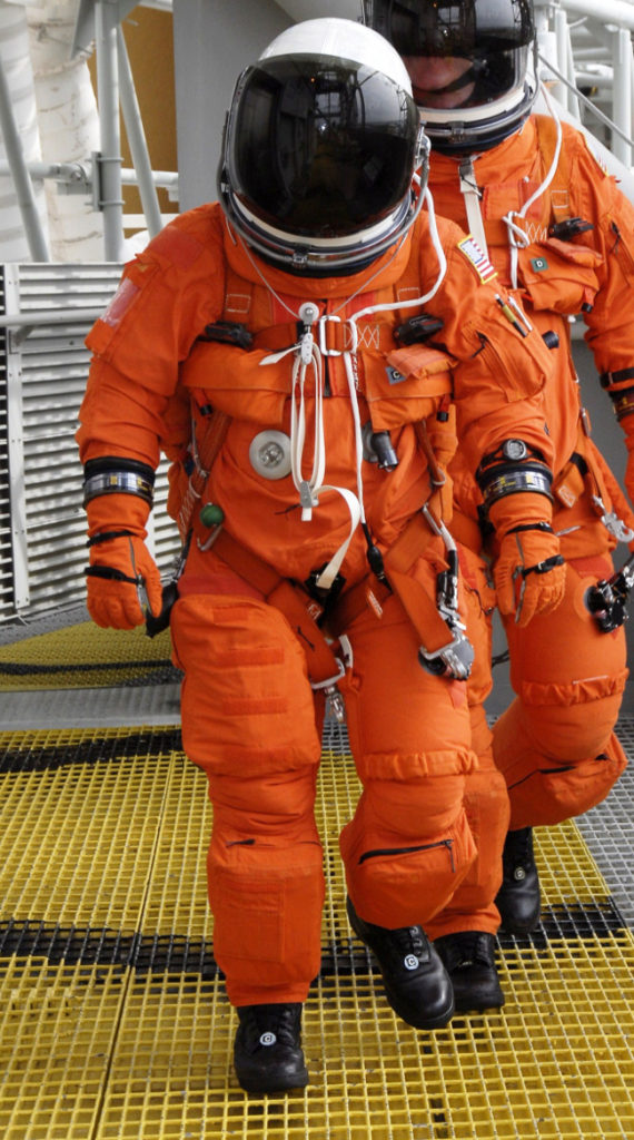 history-of-spacesuits-31