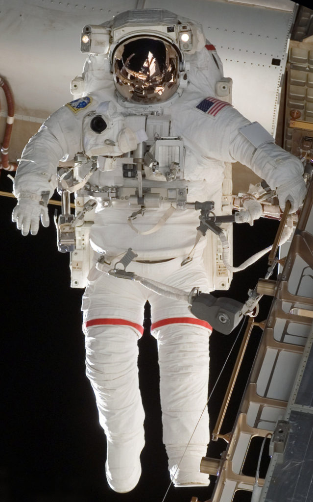 history-of-spacesuits-36