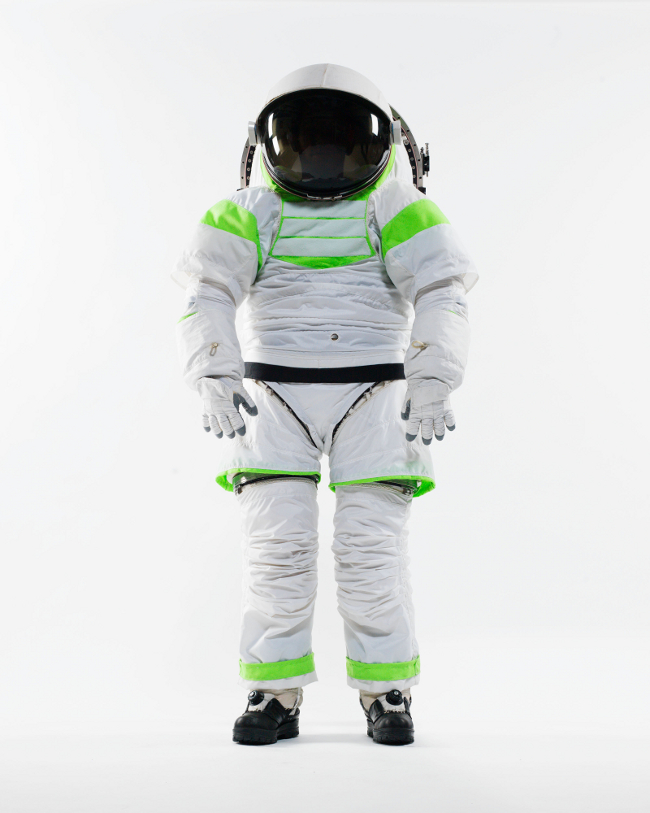 history-of-spacesuits-39