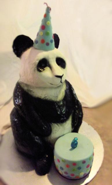 12 - Panda Cake