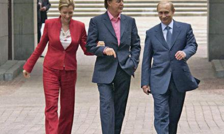 Paul Mccartney Sang to Vladimir Putin in the Kremlin